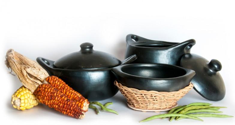 Vajilla de cer mica negra ethniccollection for Articulos de ceramica